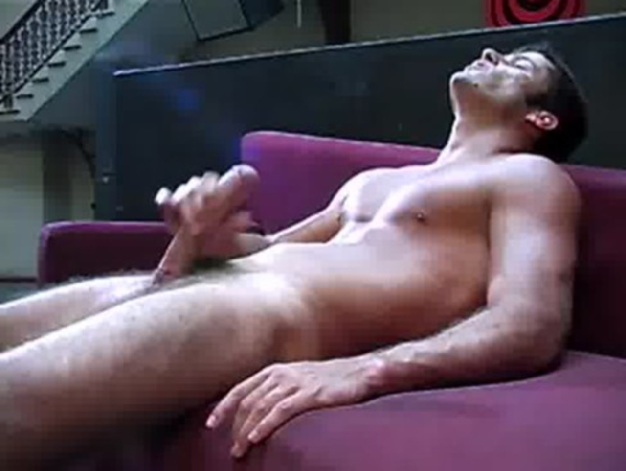 muzhskaya-masturbatsiya-video-onlayn